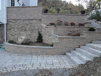 Pavers, Retaining Walls | Rutland, Killington, Manchester, Woodstock, on home backyard ideas, brick paver fire pit, brick retaining wall backyard ideas, brick paver landscaping, flagstone backyard ideas, used brick backyard ideas, masonry backyard ideas, concrete backyard ideas,